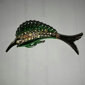 Jewelry - Pin